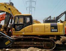 二手小松300-7挖掘机