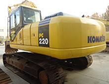 二手小松220-8挖掘機