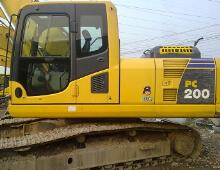 二手小松200-8挖掘機