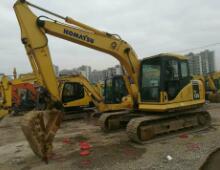 二手小松130挖掘机
