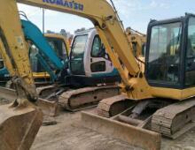 二手小松PC56-7挖掘机