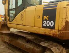 二手小松200-7挖掘機