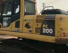 二手小松PC200-8n挖掘機